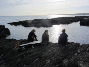 Walking and strumming on the Seven Heads Peninsula