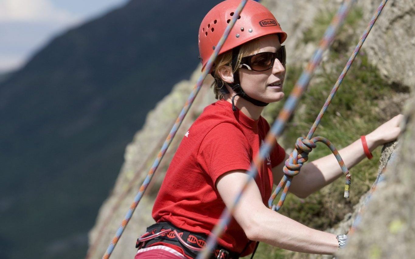 YHA summer camps in UK